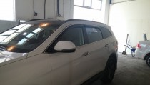 Дефлекторы окон Hyundai Grand Santa Fe/Maxcruz с хромированным молдингом Cobra Tuning