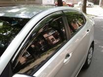 Дефлекторы окон Kia Rio 2011- sedan с хромированным молдингом Cobra Tuning