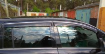 Дефлекторы окон Opel Zafira B с хромированным молдингом Cobra Tuning